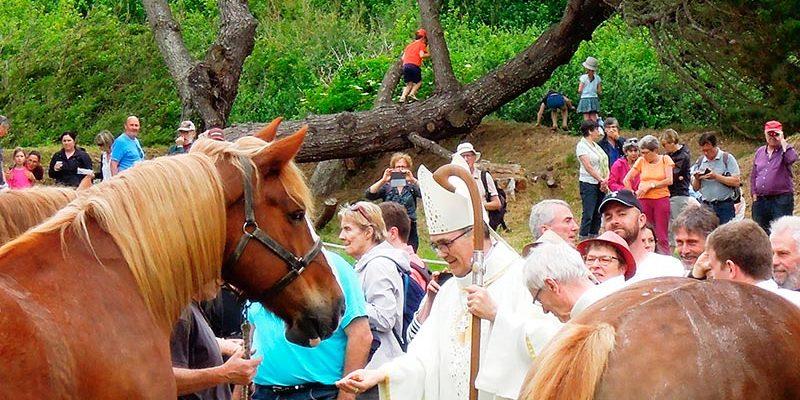 Le pardon de Saint Gildas à Buguélès Penvénan